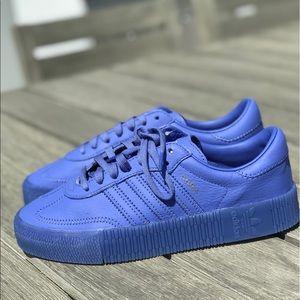 NEW w/ tags Adidas Sambarose size 7